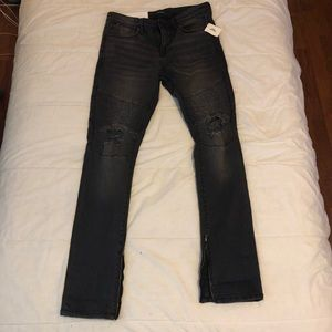 Urban Outfitters BDG Black Ripped Skinnt Jeans